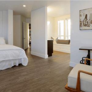 Hawaii Retreat Penthouse bedroom 2